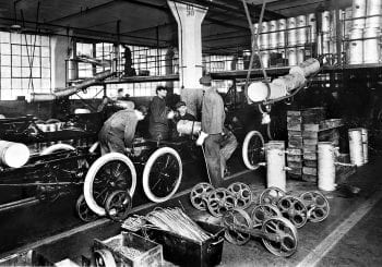 Form car assembly line